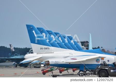 玩耍 纸飞机 特技飞行 教练机 蓝色冲击波  *pixta限定素材仅在pixta