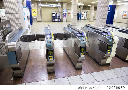 照片素材(图片): 检票口 上野车站 关东地区