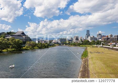 照片素材(图片): 广濑川和仙台建筑集团