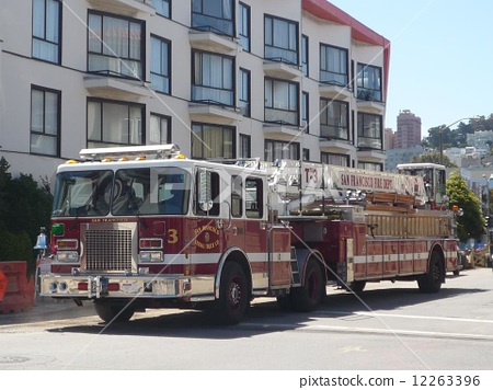 照片素材(图片): 救火车 消防车 旧金山