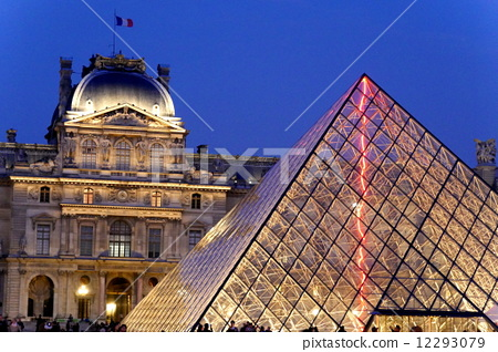 金字塔 卢浮宫博物馆 罗浮宫