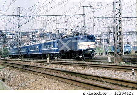 图库照片: 加左洛瓦 东海道本线 客车