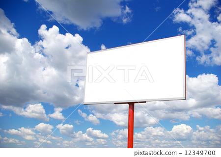 http://www.cnr.cn/advertising/ggjg/201112/P020111230533211817010.jpg_图库照片: advertising billboard