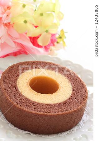 图库照片: 年轮蛋糕 白底 去底