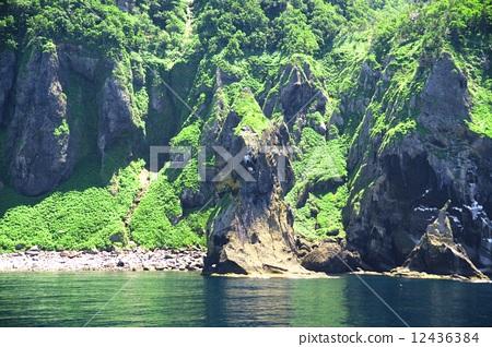 风景_自然 河_池塘 河 照片 知床 河 悬崖 首页 照片 风景_自然 河