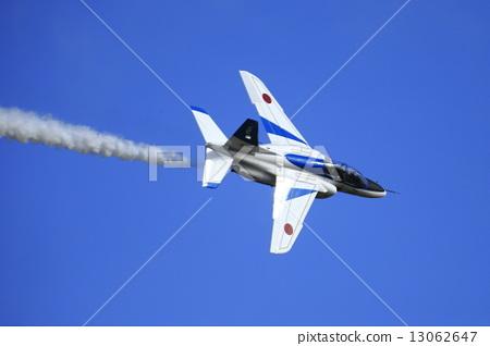 飞机 蓝色冲击波 防御