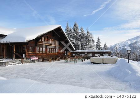 图库照片: 山野中的小木屋 居民 小屋