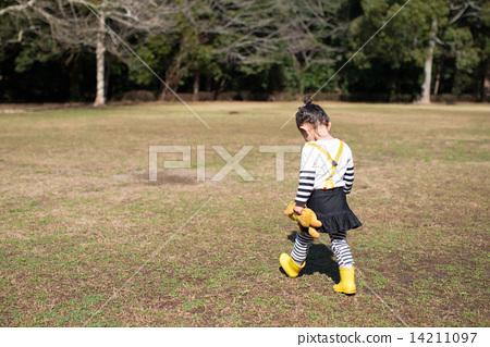 图库照片: 小孩 背影 儿童