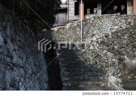 石阶 首页 照片 人物 男女 日本人 石堆 山路 石阶  *pixta限定素材仅