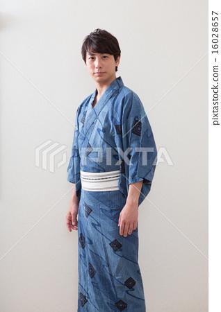 男性 首页 照片 流行 和服 浴衣 浴衣 人物 男性  *pixta限定素材仅在