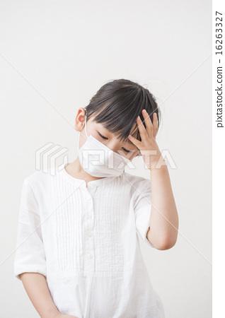 图库照片: 感冒 寒冷 头疼
