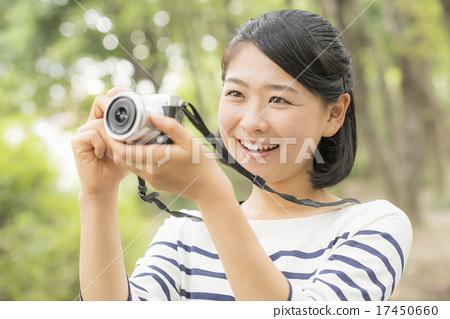 照片 工艺品 人物 拍照 女生 女孩  *pixta限定素材仅在pixta网站,或