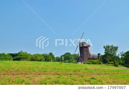 图库照片: 风车 风力涡轮机 鹤见绿地
