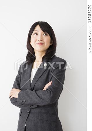 首页 照片 流行 西服_裙子 西服 女生 女孩 女性  *pixta限定素材仅在