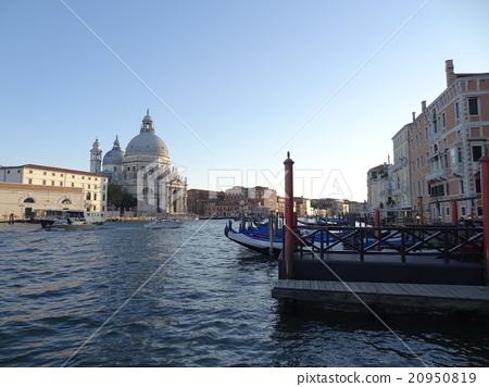 照片素材(图片): itari威尼斯运河