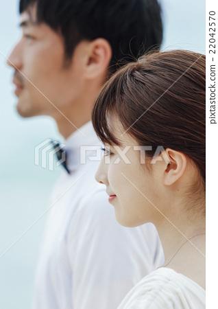 首页 照片 人物 男女 情侣/夫妻 外形 侧脸 轮廓  *pixta限定素材仅在