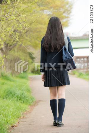 背影 首页 照片 人物 女性 女孩 高中生 女孩 背影  *pixta限定素材仅