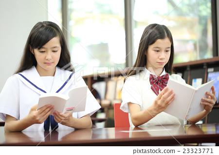 女孩 首页 照片 人物 女性 女孩 初中生 中学生 女孩  *pixta限定素材