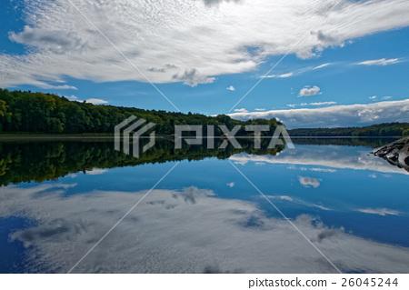 照片素材(图片): 镜面 河 风景