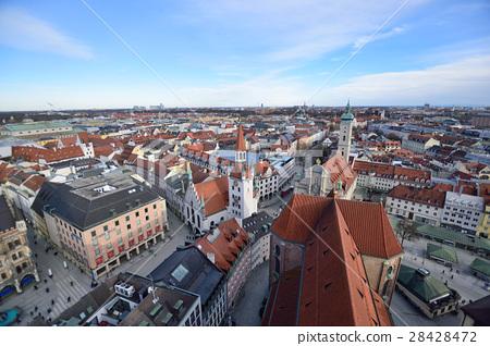 照片素材(图片): 俯视风景的慕尼黑老城市街道