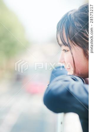 春天 春 首页 照片 人物 女性 女孩 高中生 春天 春  *pixta限定素材