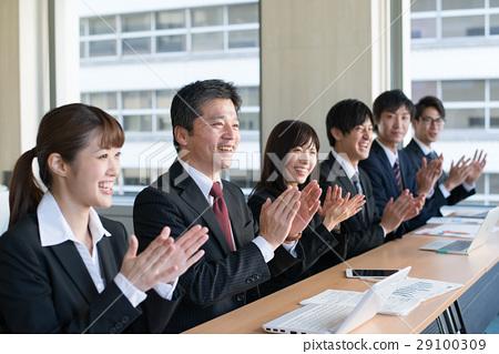 姿势_表情_动作 行为_动作 鼓掌 鼓掌 喝彩 会议  *pixta限定素材仅在