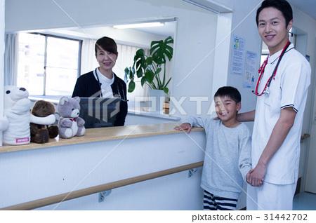 办公室玩护士囹f_图库照片: 护士站 护士办公室 护士值班室