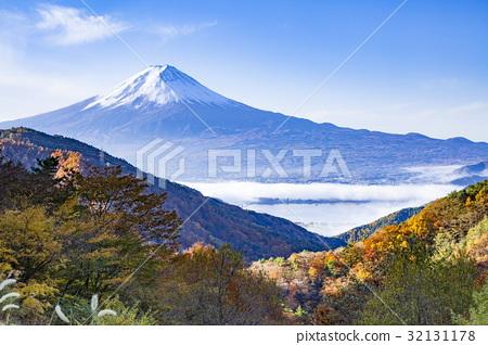 图库照片: 富士山 风景 秋天