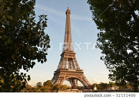 巴黎铁塔 艾菲尔铁塔 首页 照片 世界风景 法国 巴黎 埃菲尔铁塔 巴黎