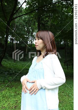 首页 照片 人物 男女 情侣/夫妻 孕妇 怀孕 女生  *pixta限定素材仅在
