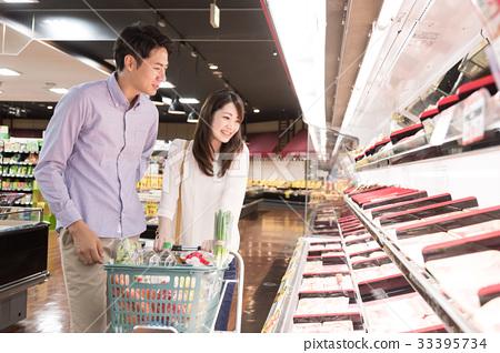 首页 照片 人物 男女 情侣/夫妻 超级 超市 购物  *pixta限定素材仅在