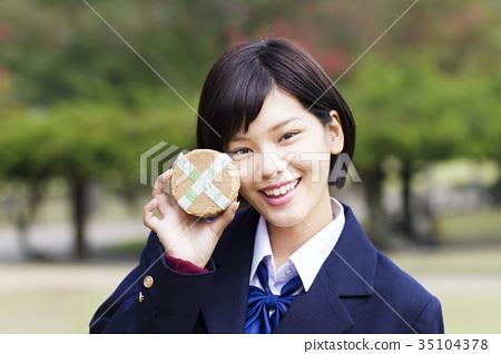 首页 照片 人物 女性 女孩 高中女生 高中生 女孩  *pixta限定素材仅