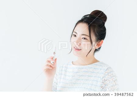 女生 首页 照片 人物 女性 女孩 吸烟 抽烟 女生  *pixta限定素材仅在