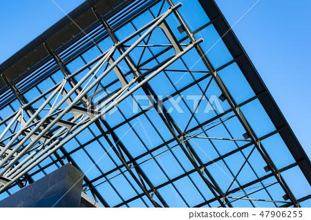 照片素材(图片): modern glass roof.