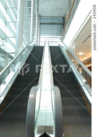 escalator 140908
