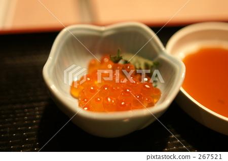 salmon roe 267521