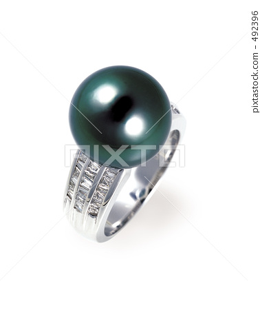 Black butterfly pearl ring 492396