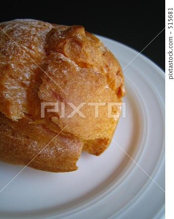 Cream puff 515681