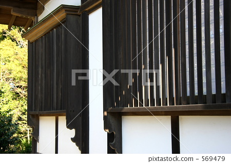 Latticed window 569479