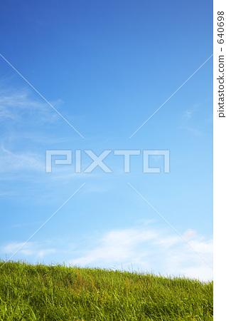 草原和藍天 640698