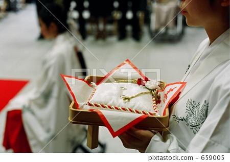 miko, shinto wedding, shrine maiden 659005
