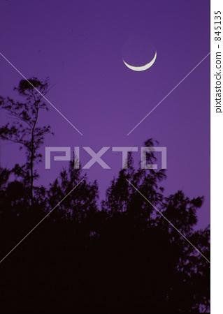 달과 밤하늘 845135
