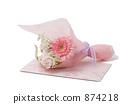คำเชิญงานแต่งงานและช่อดอกไม้ 874218