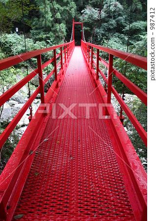 붉은 다리 -3 987412