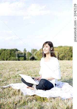 laptop, notebook computer, using laptop 1042129