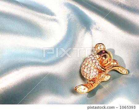Diamond / Ruby / 24 gold gold ★ luxurious koala brooch 1065393
