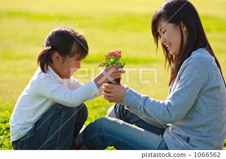 자매, 미소, 웃음 1066562