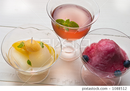 Three kinds of wine jelly 1088512