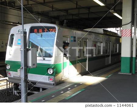 electric train, train, station 1144061