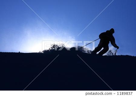 滑雪者的輪廓 1189837
